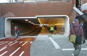 tunnel-ciclabile-amsterdam